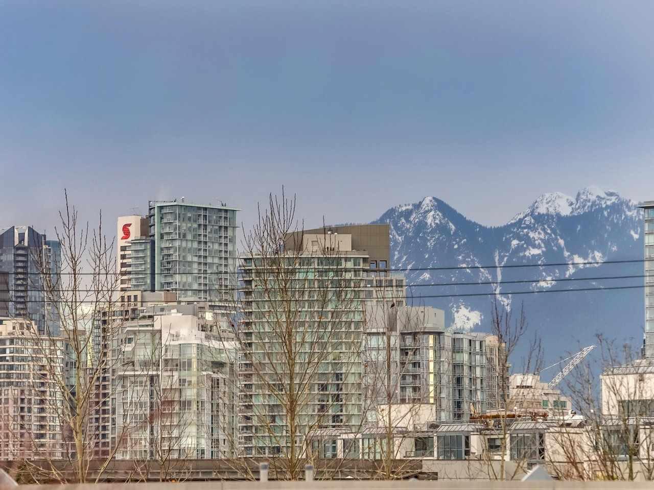 Buliding: 643 West 7th Avenue, Vancouver, BC