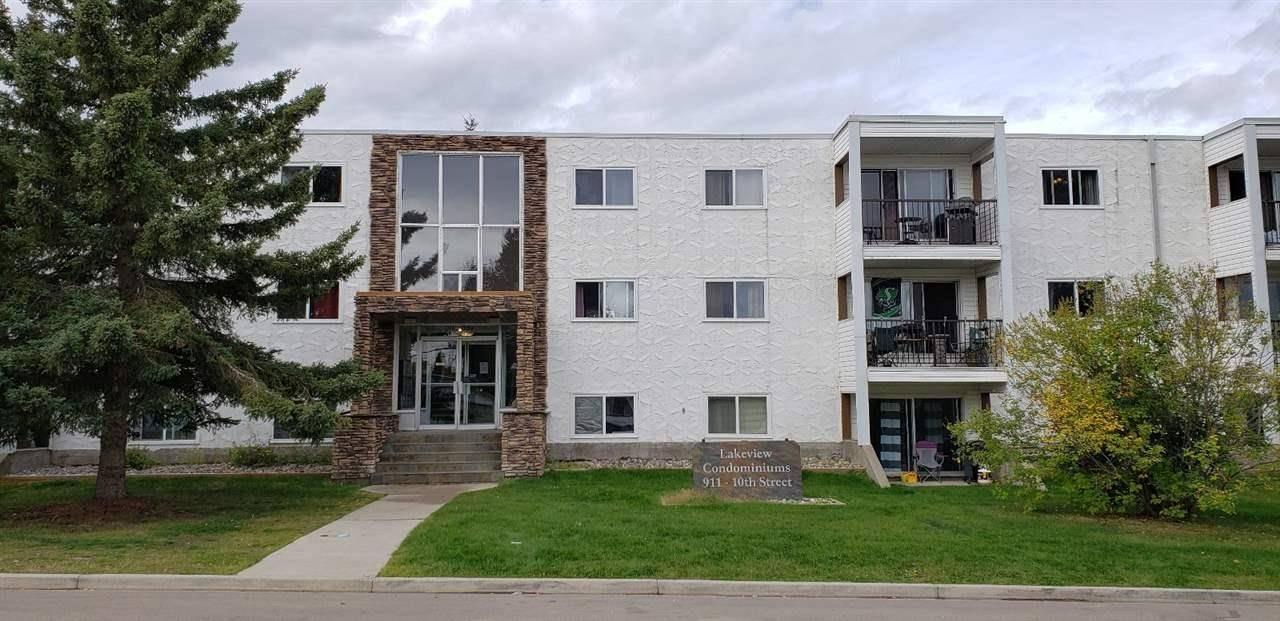 Buliding: 911 10 Street, Cold Lake, AB