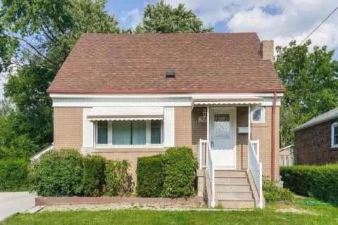 House for sale at 209 Ellington Dr Toronto Ontario - MLS: E4886647