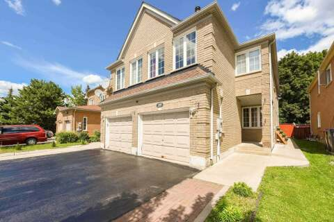 Townhouse for sale at 209 Fernforest Dr Brampton Ontario - MLS: W4860927