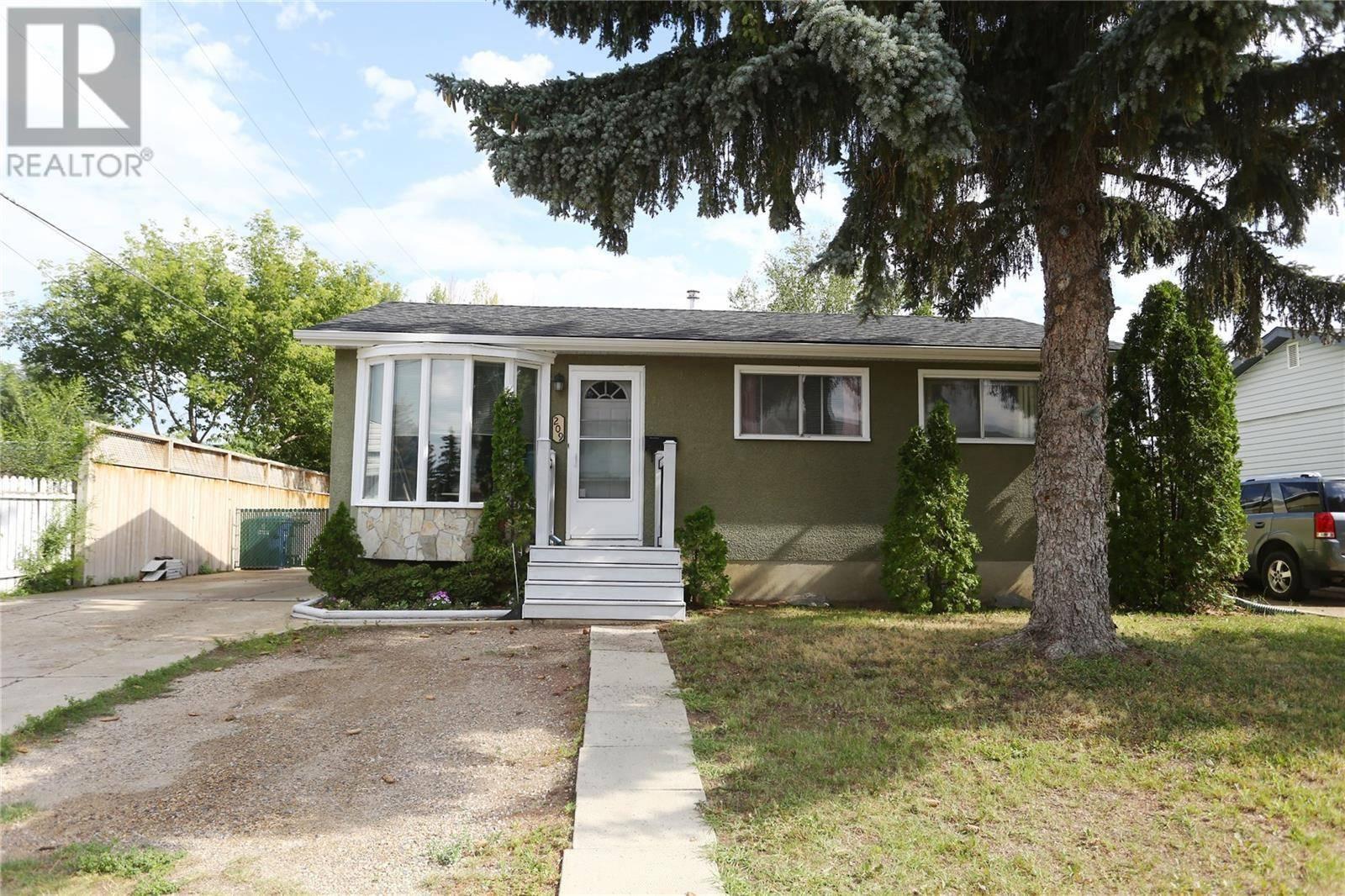 House for sale at 209 Grant St Saskatoon Saskatchewan - MLS: SK783275