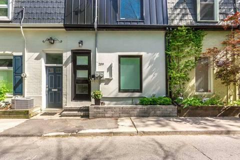 Townhouse for sale at 209 Marlborough Pl Toronto Ontario - MLS: C4578744