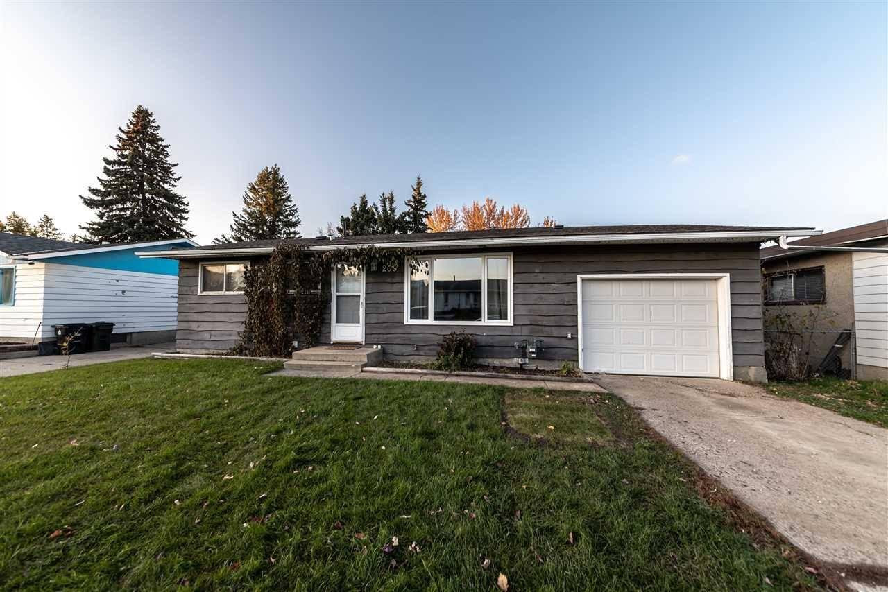 House for sale at 209 Mohr Ave Spruce Grove Alberta - MLS: E4176719