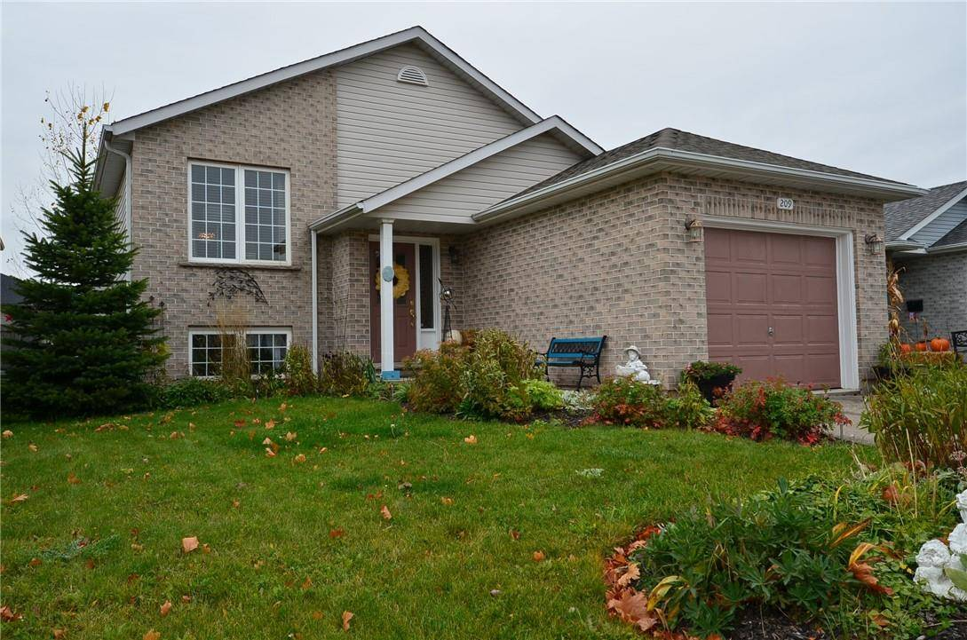 House for sale at 209 Oakcrest Ave Welland Ontario - MLS: H4067071