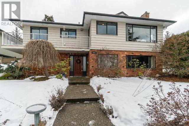 House for sale at 2091 Holyrood Pl Kamloops British Columbia - MLS: 160065