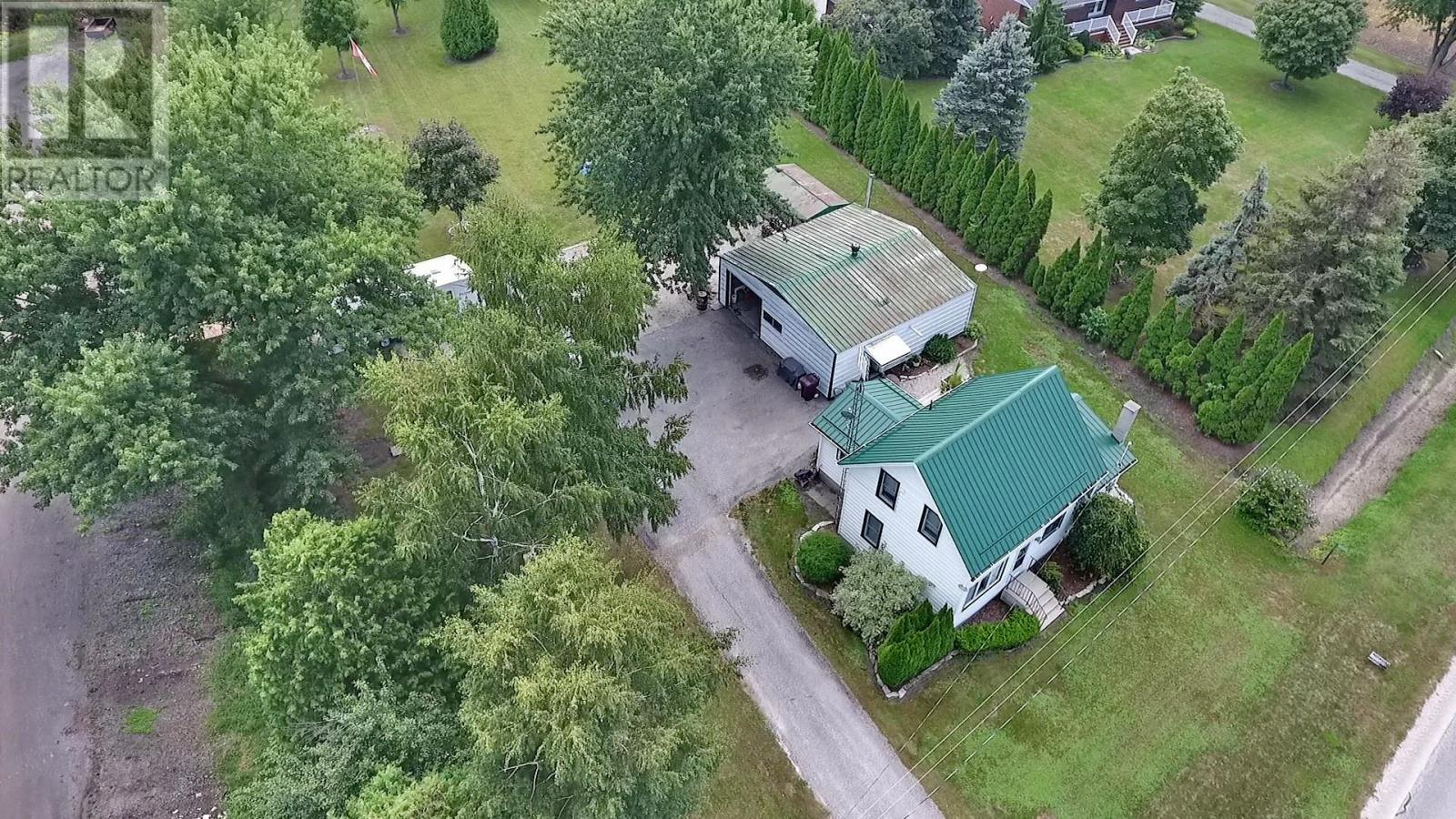 Removed: 20925 Tecumseh, Lakeshore, ON - Removed on 2018-09-26 13:57:21