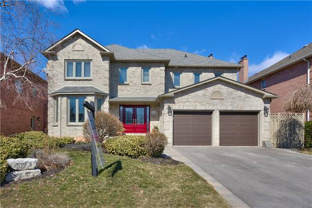 Sold: 2093 Nipigon Drive, Oakville, ON