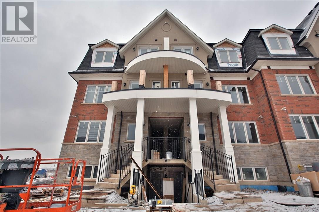 For Rent: 0 21 02    2420 Baronwood Drive , Oakville, ON   2 Bed, 2 Bath Townhouse for $1,880. See 20 photos!