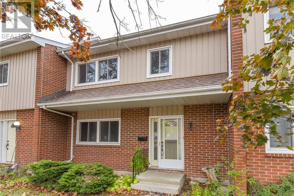 Townhouse for sale at 121 University Ave East Unit 21 Waterloo Ontario - MLS: 30772621