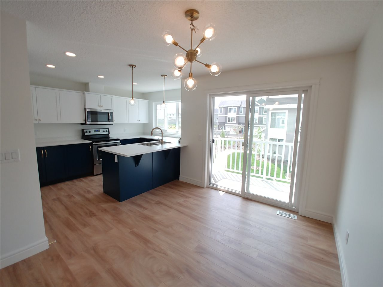 For Sale: 21 - 1391 Starling Drive, Edmonton, AB | 3 Bed, 2 Bath Condo for $284,703. See 15 photos!