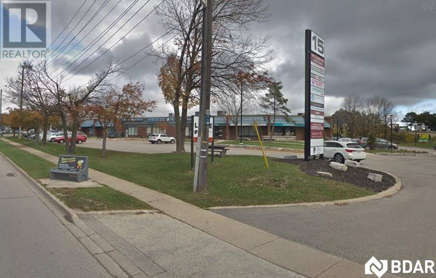 Commercial property for lease at 15 Cedar Pointe Dr Apartment 21 Barrie Ontario - MLS: 30775106