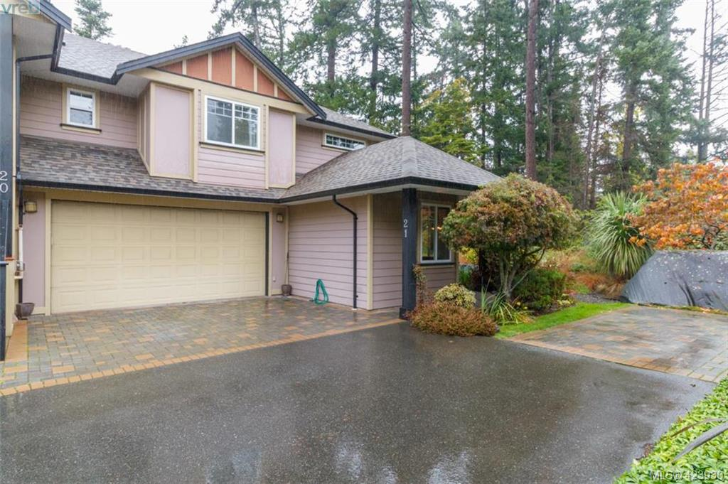 Removed: 21 - 15 Helmcken Road, Victoria, BC - Removed on 2020-04-16 00:03:15