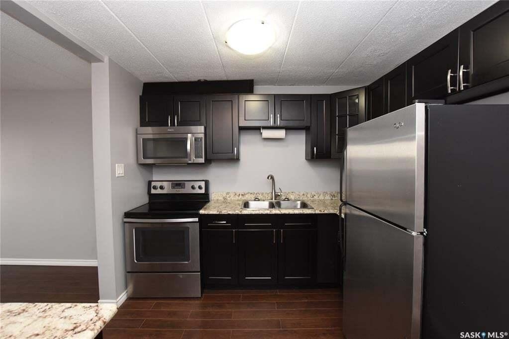 Condo for sale at 2620 5th Ave N Unit 21 Regina Saskatchewan - MLS: SK808222