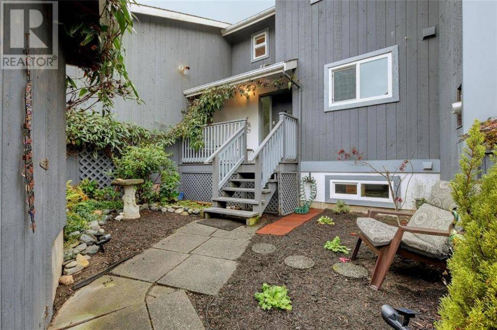 Townhouse for sale at 4391 Torquay Dr Unit 21 Victoria British Columbia - MLS: 418860