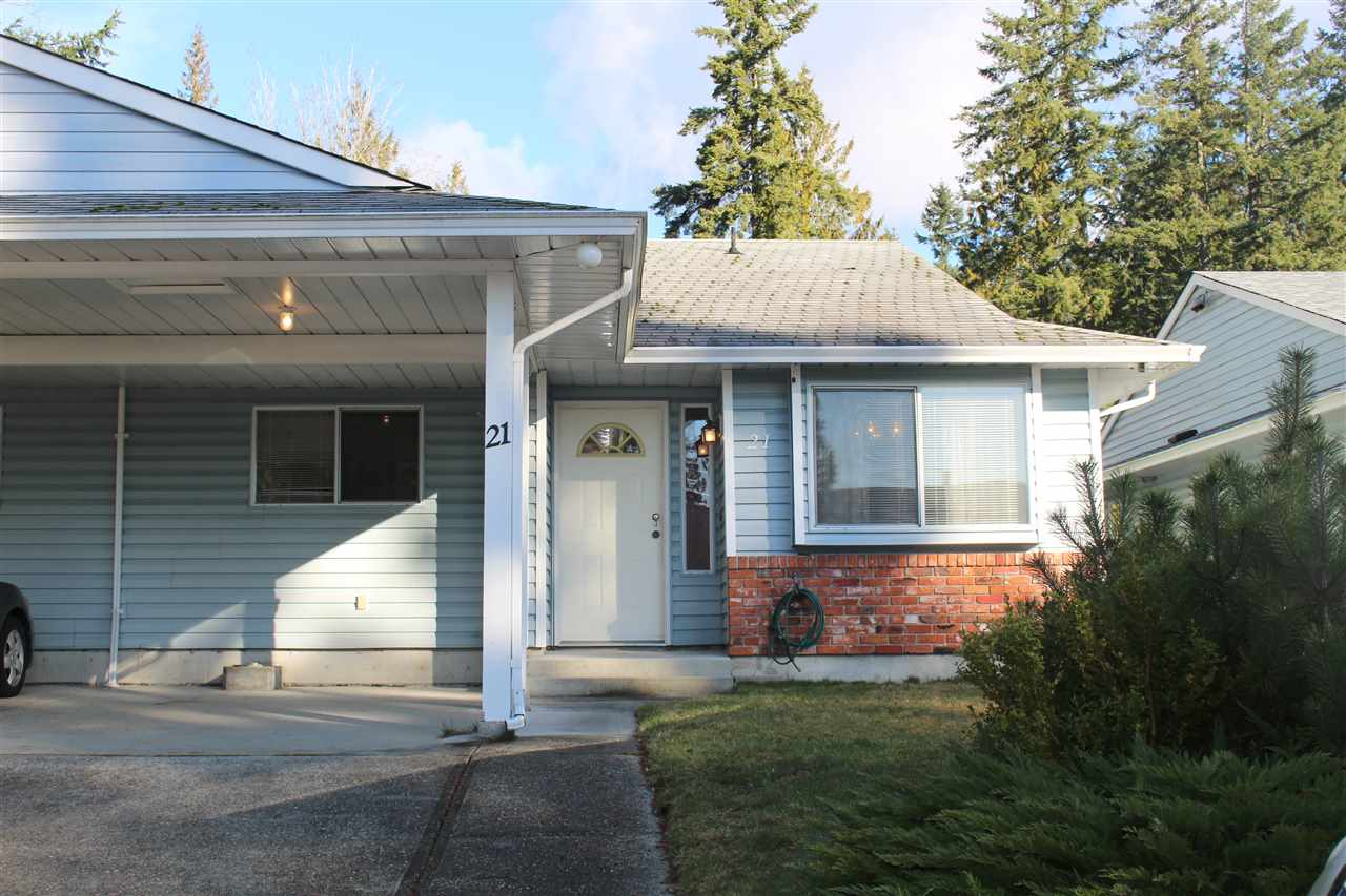 For Sale: 21 - 838 North Road, Gibsons, BC | 2 Bed, 1 Bath Townhouse for $349000.
