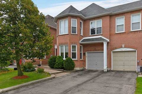 Townhouse for sale at 21 Amberhill Wy Aurora Ontario - MLS: N4575325