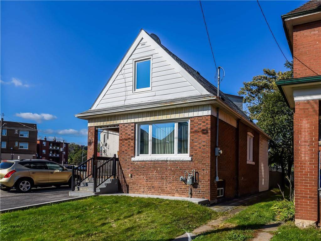 House for sale at 21 Belmont Ave Hamilton Ontario - MLS: H4068131