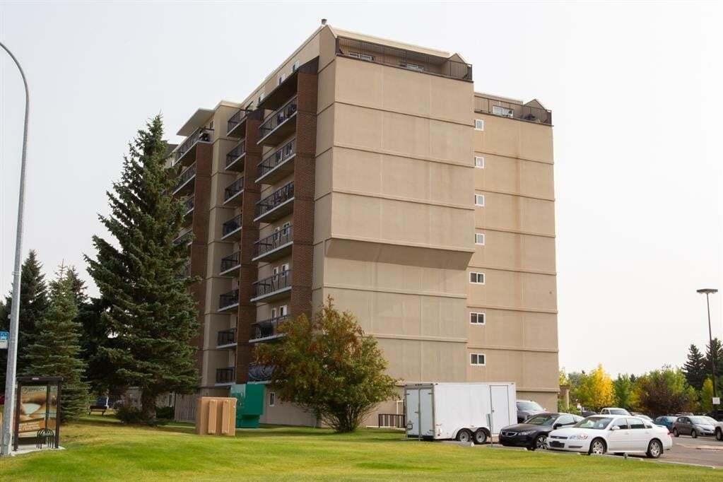 Condo for sale at 21 Berkeley Pl W Lethbridge Alberta - MLS: LD0193692