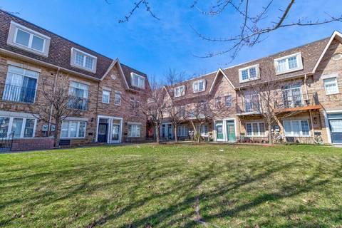 Townhouse for sale at 21 Bijou Wk Toronto Ontario - MLS: W4415802