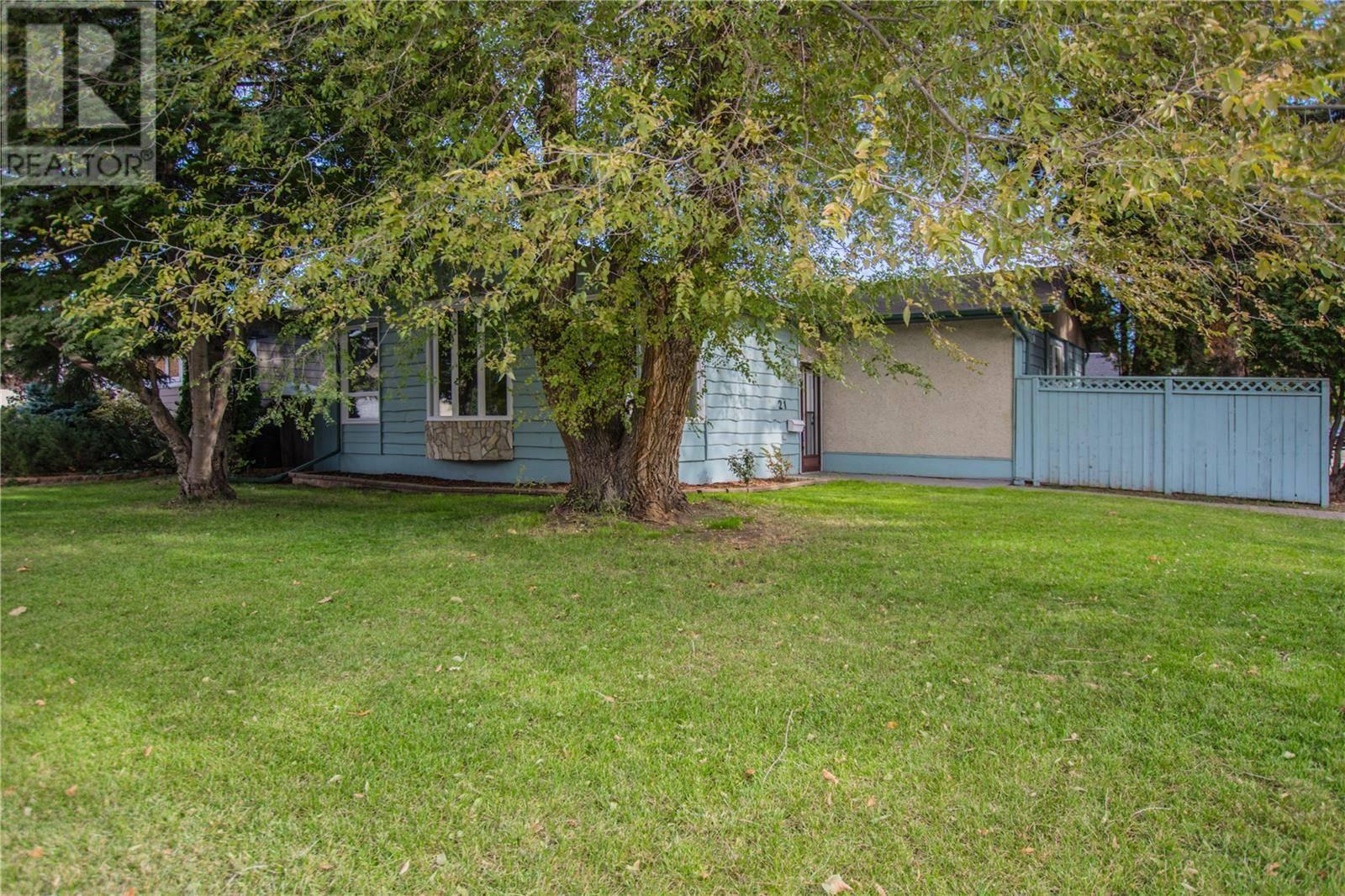House for sale at 21 Britnell Cres Saskatoon Saskatchewan - MLS: SK789092