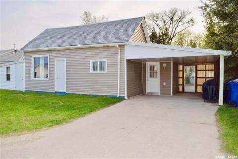 House for sale at 21 Carlton St Redvers Saskatchewan - MLS: SK809771