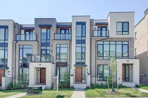 Townhouse for sale at 21 Carrville Woods Circ Vaughan Ontario - MLS: N4499990