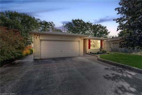 House for sale at 21 Chieftain Cres Barrie Ontario - MLS: 40020667