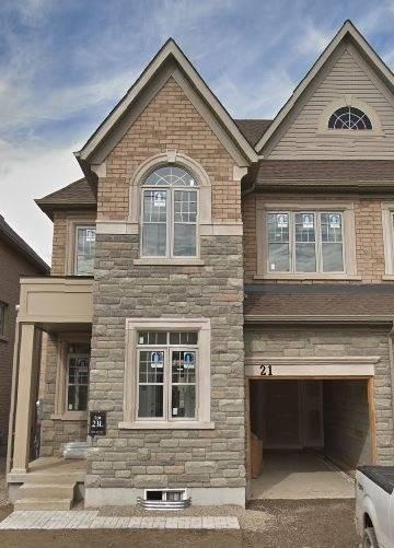 Townhouse for sale at 21 Dolobram Tr Brampton Ontario - MLS: W4733596