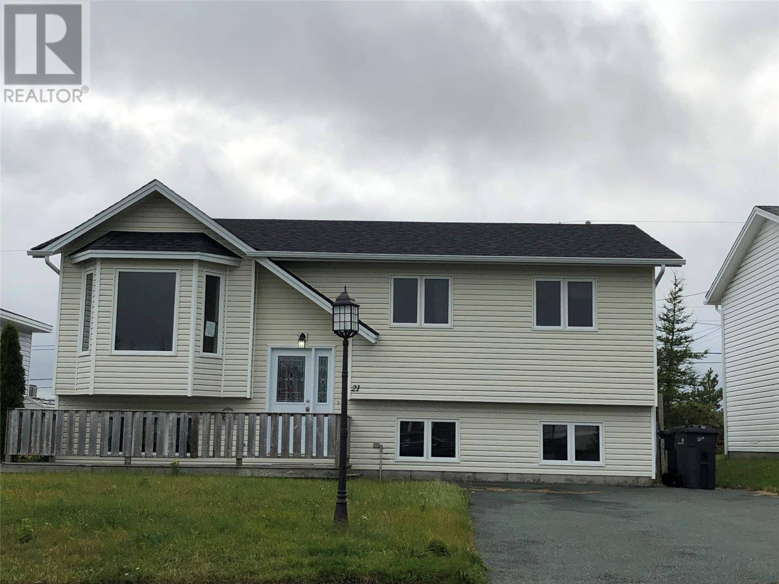 House for sale at 21 Frobisher Ave Mount Pearl Newfoundland - MLS: 1209773