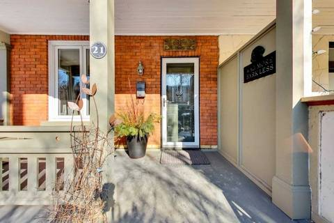 Townhouse for sale at 21 Hannaford St Toronto Ontario - MLS: E4385535