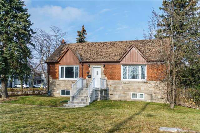 For Sale: 21 King High Avenue, Toronto, ON | 3 Bed, 4 Bath House for $1,150,000. See 2 photos!