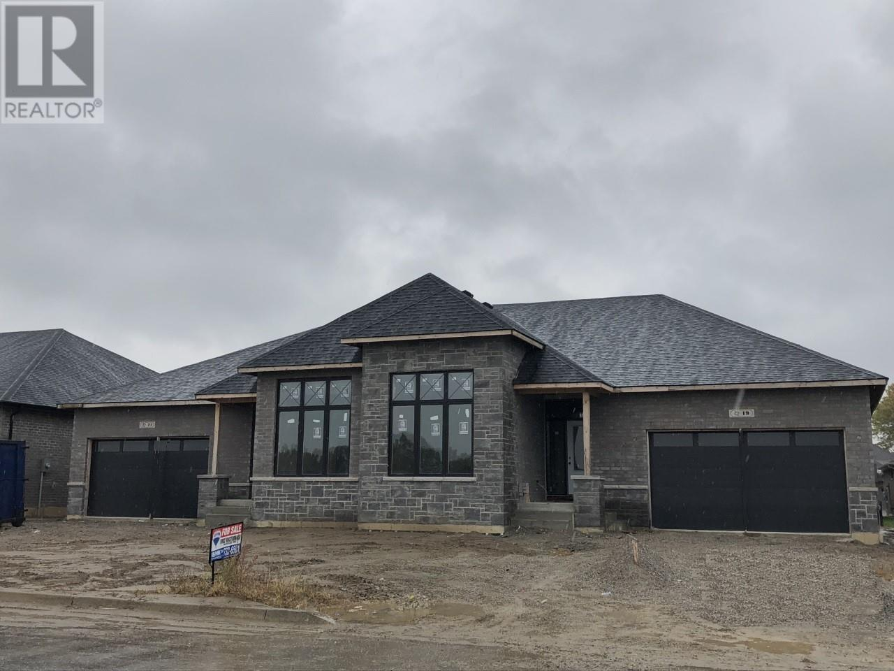 For Sale: 21 Lukas, Kingsville, ON | 3 Bed, 3 Bath House for $518,800. See 1 photos!