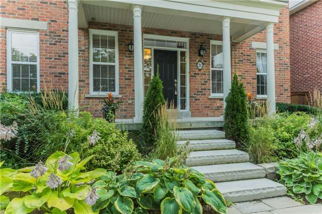 For Sale: 21 Muirfield Trail, Markham, ON | 4 Bed, 4 Bath House for $1,790,000. See 20 photos!