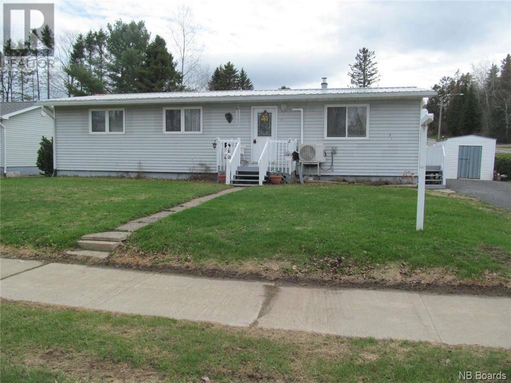 House for sale at 21 Otis Dr Nackawic New Brunswick - MLS: NB036826