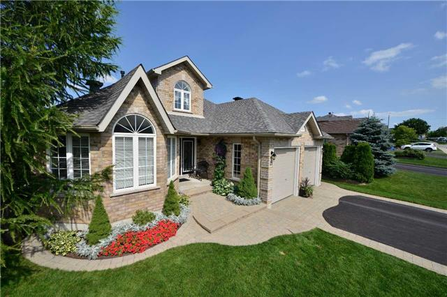 Sold: 21 Pacific Avenue, Barrie, ON