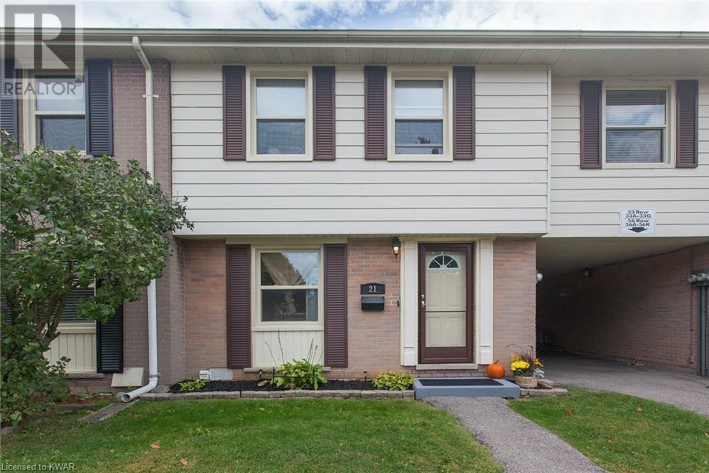 Townhouse for sale at 21 Queenston Dr Kitchener Ontario - MLS: 40027225