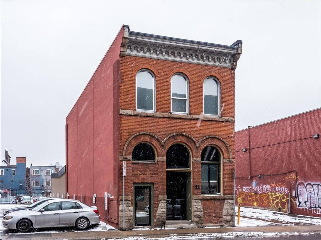 21 Rebecca Street, Hamilton | Image 2
