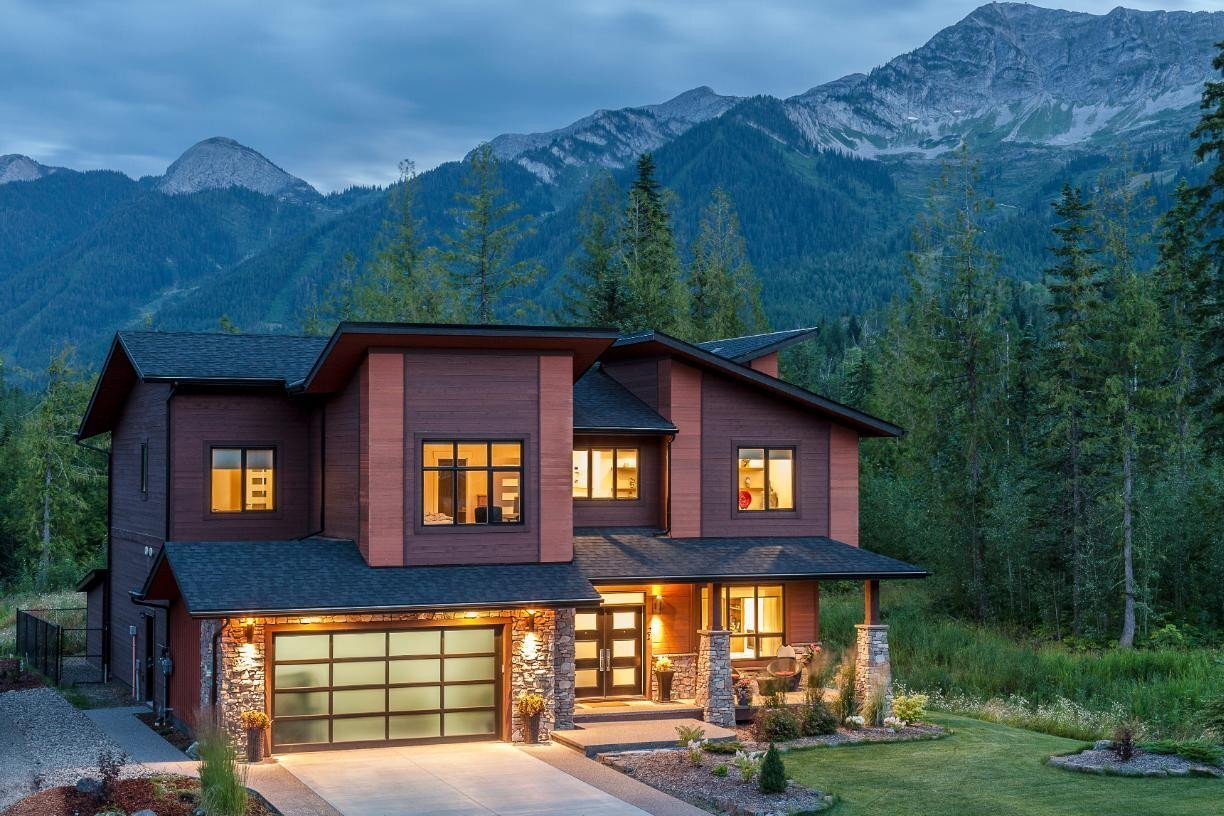 House for sale at 21 Single Track Wy Fernie British Columbia - MLS: 2453849
