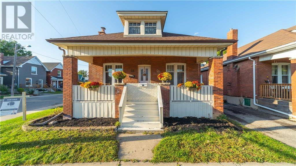 House for sale at 21 Strathcona Ave Brantford Ontario - MLS: 30778400