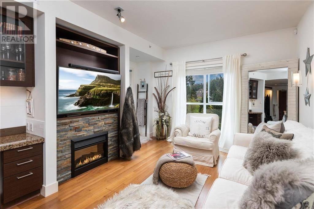 Condo for sale at 1400 Lynburne Pl Unit 210 Victoria British Columbia - MLS: 414439