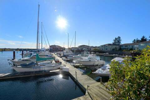 Townhouse for sale at 1585 Field Rd Unit 210 Sechelt British Columbia - MLS: R2432173