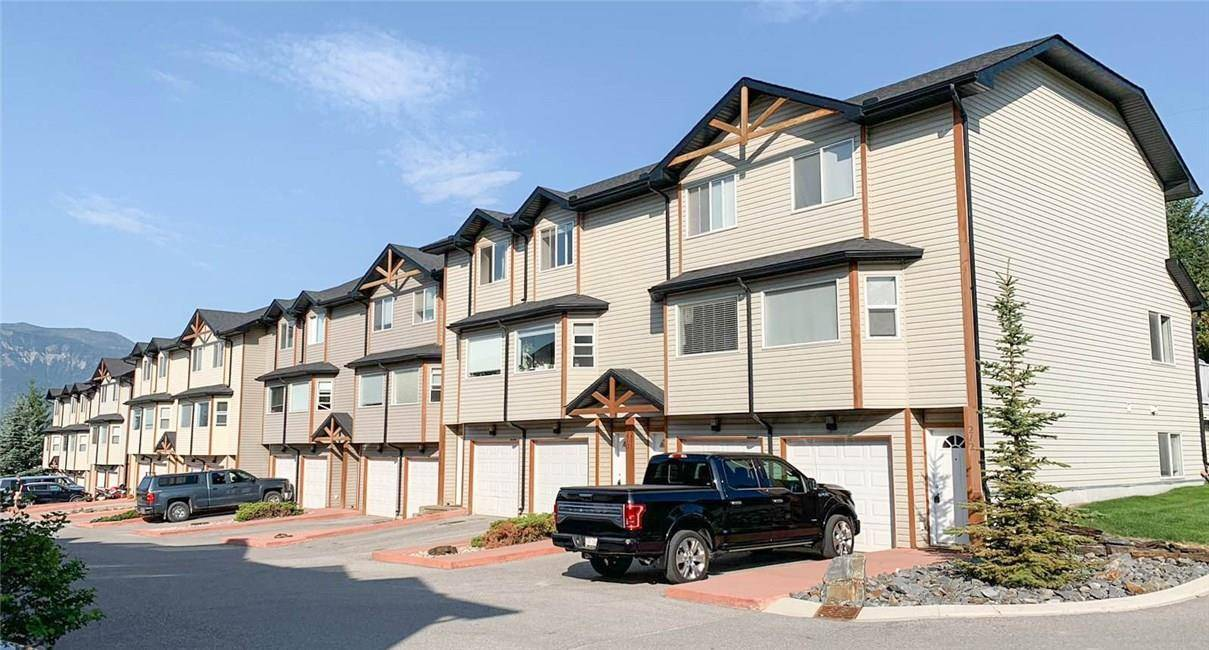 Townhouse for sale at 200 Black Forest Tr Unit 210 Invermere British Columbia - MLS: 2439453