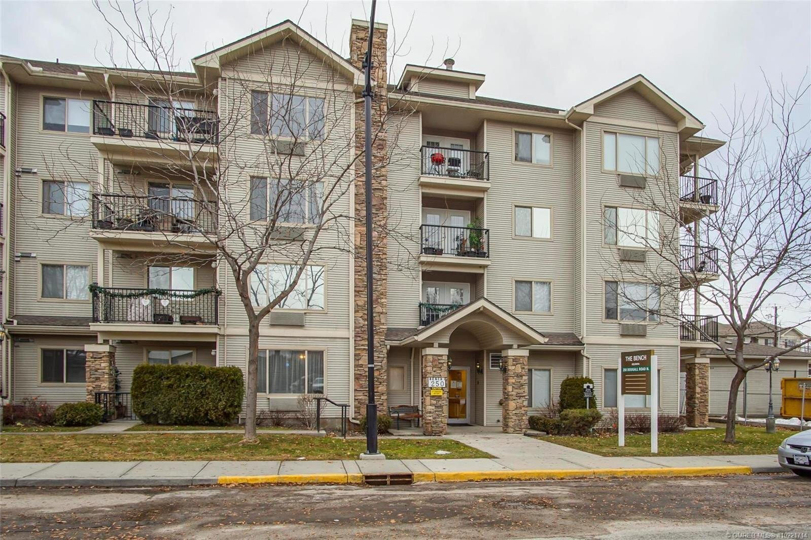Condo for sale at 250 Dougall Rd North Unit 210 Kelowna British Columbia - MLS: 10221714