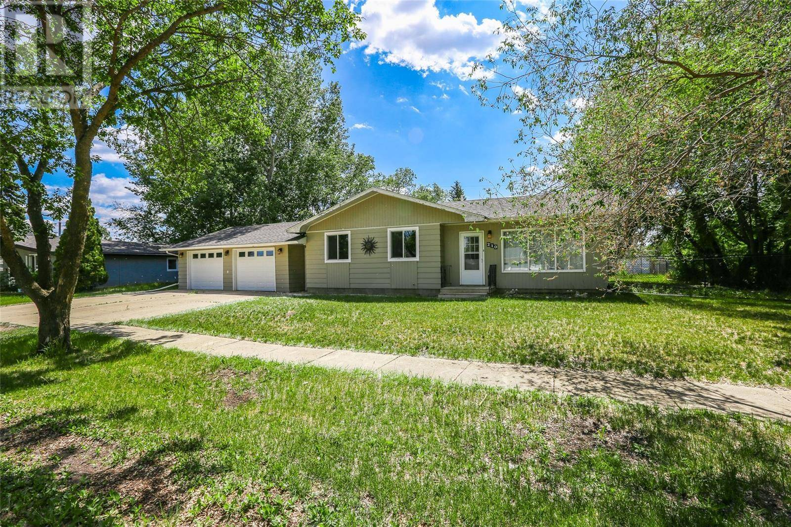 House for sale at 210 2nd St E Langham Saskatchewan - MLS: SK777208