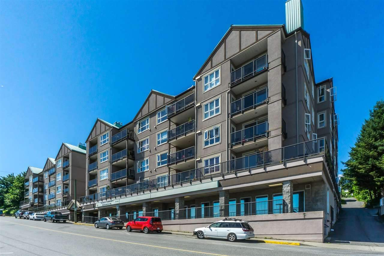 Sold: 210 - 33165 2nd Avenue, Mission, BC