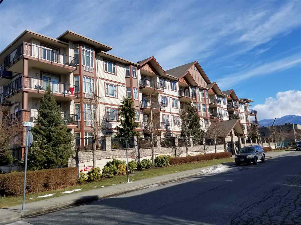 Buliding: 45615 Brett Avenue, Chilliwack, BC
