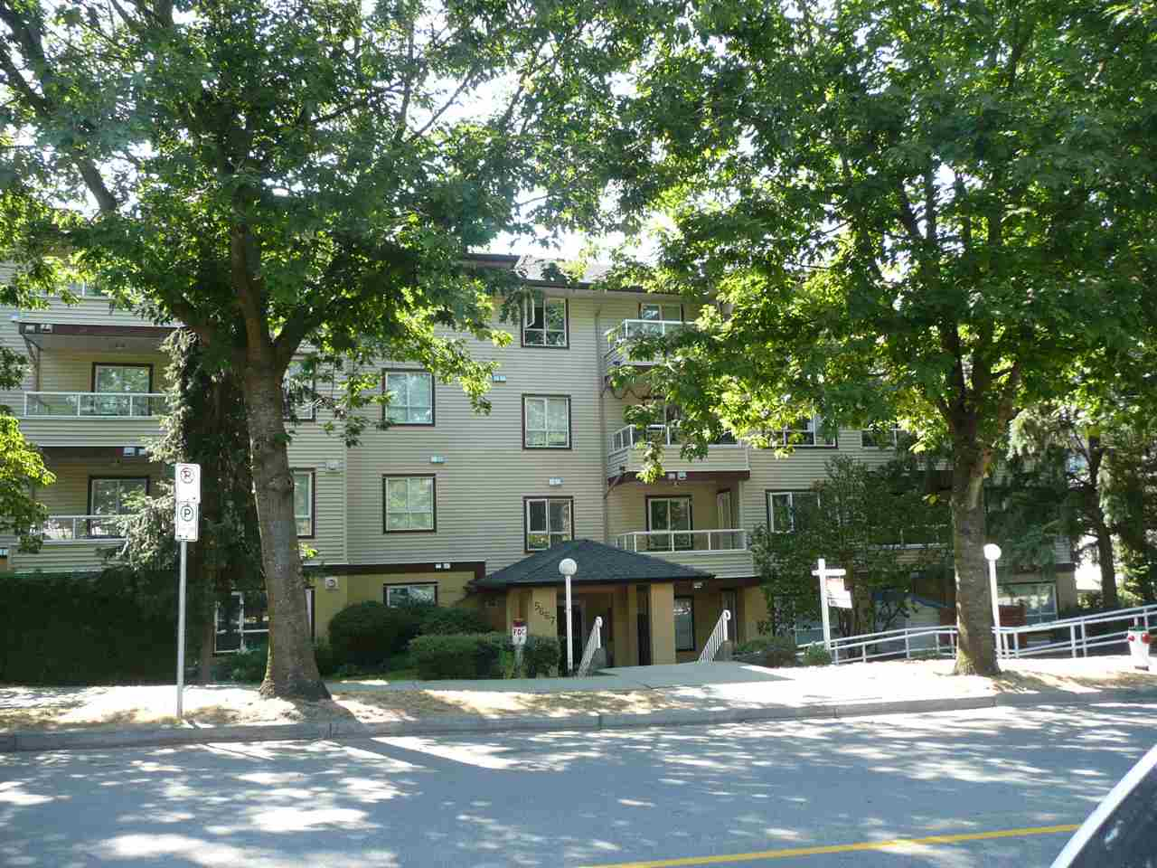 Sold: 210 - 5667 Smith Avenue, Burnaby, BC
