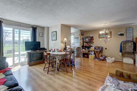 210 Hickling Trail, Barrie | Image 2