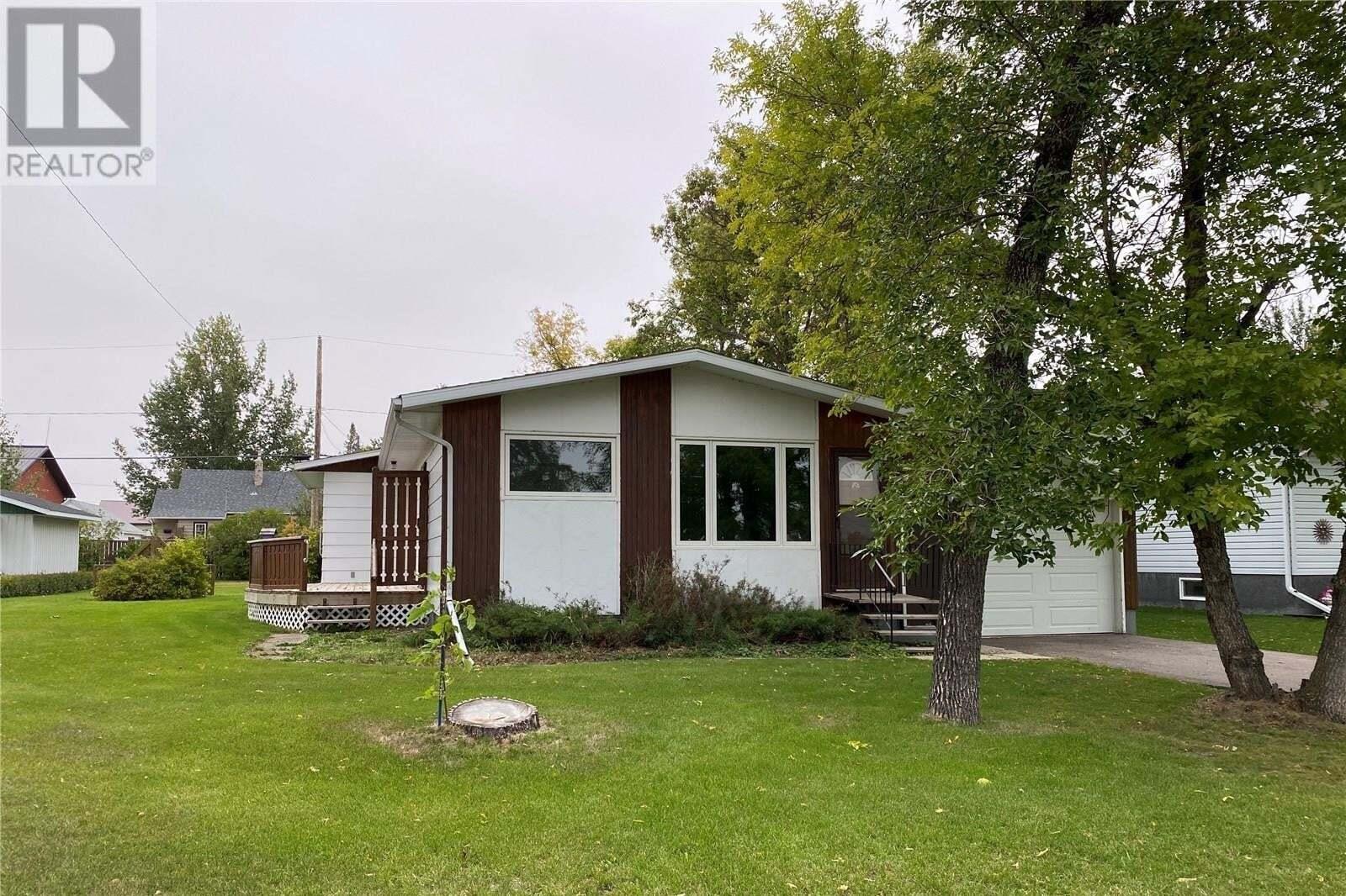House for sale at 210 March Ave E Langenburg Saskatchewan - MLS: SK826832