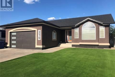 House for sale at 210 Mckay Ct Warman Saskatchewan - MLS: SK774545